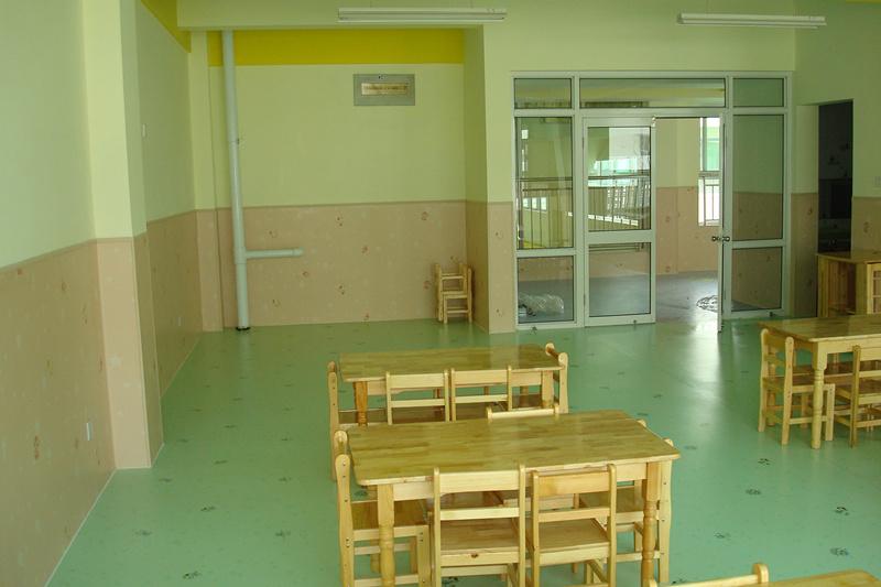北京金贝德国际幼儿园大巨龙pvc塑胶地板
